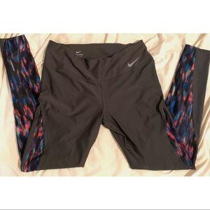 Nike Great & Multicolored Leggings